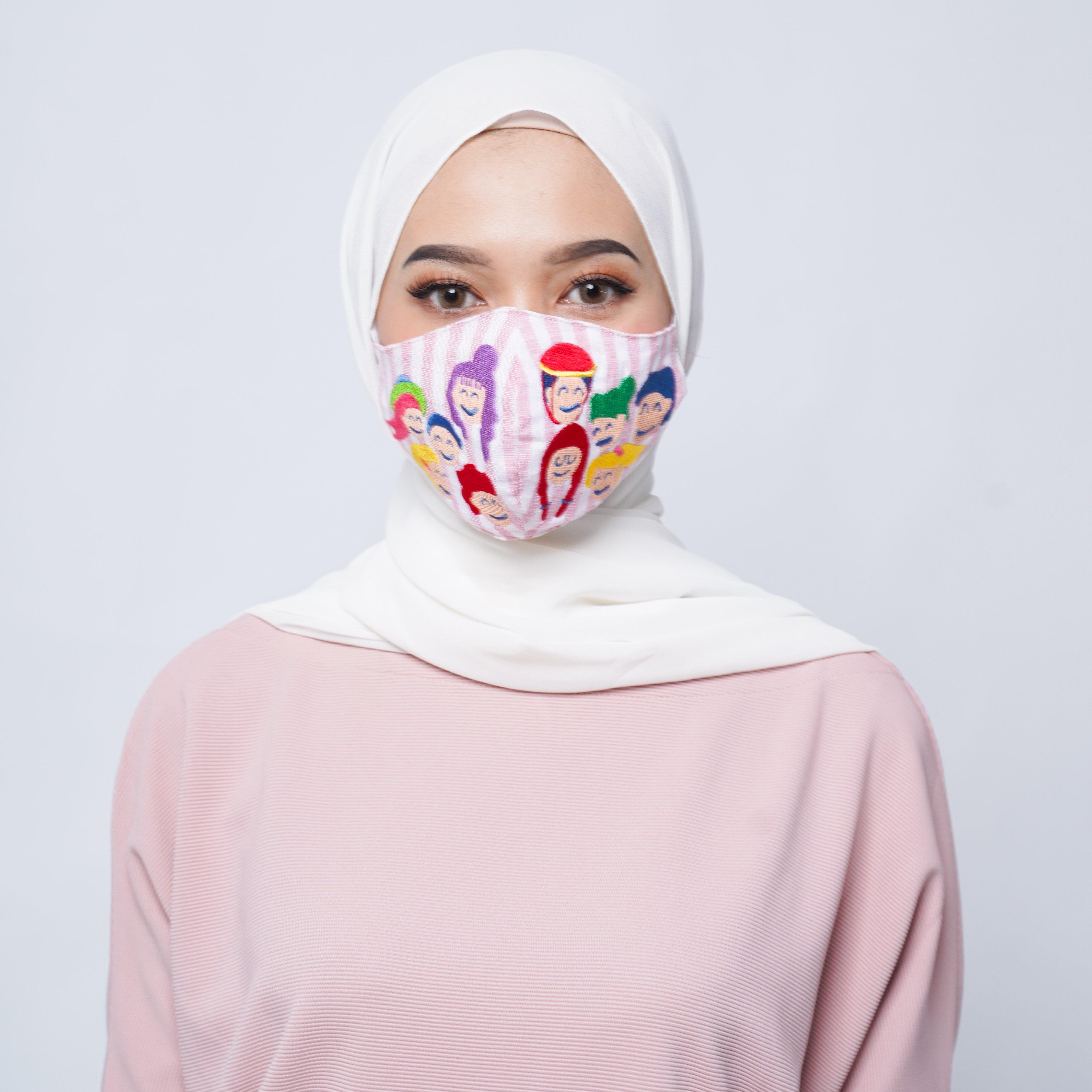 GOODLIFE | Keren! Ini 5 Desain Masker Kesehatan Buatan Lokal