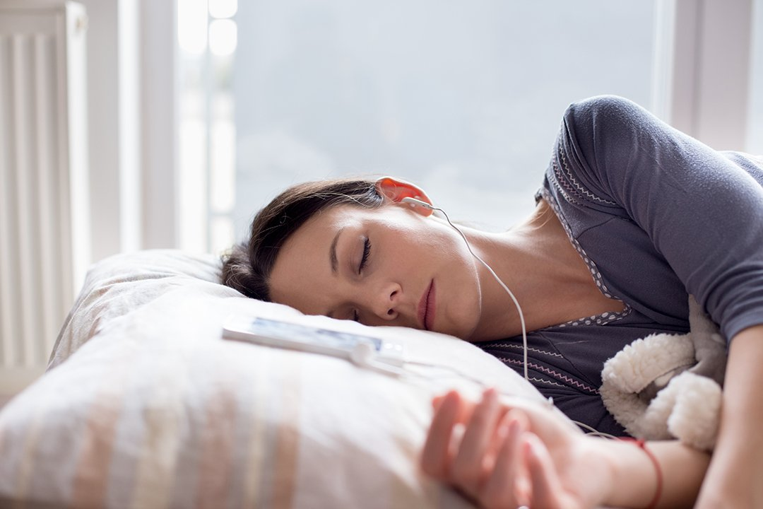 Musik Membantu Kita Tidur Lebih Lelap