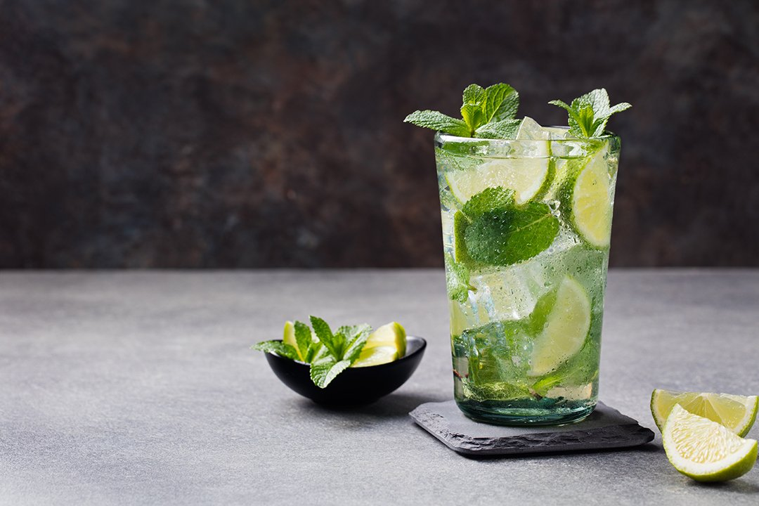 Minuman Detoks Ini Menyehatkan Dan Bisa DIY Lho!