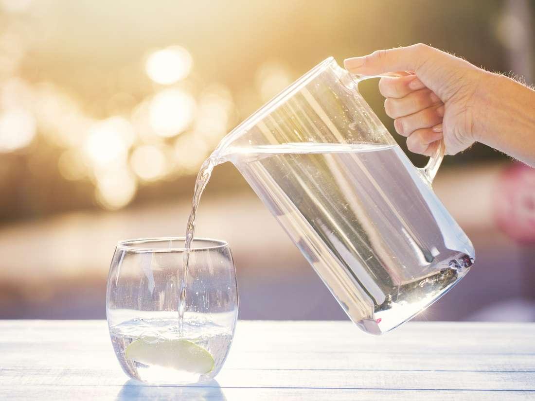 9 Manfaat Kesehatan dari Minum Air Putih, Bisa Jaga Berat Badan