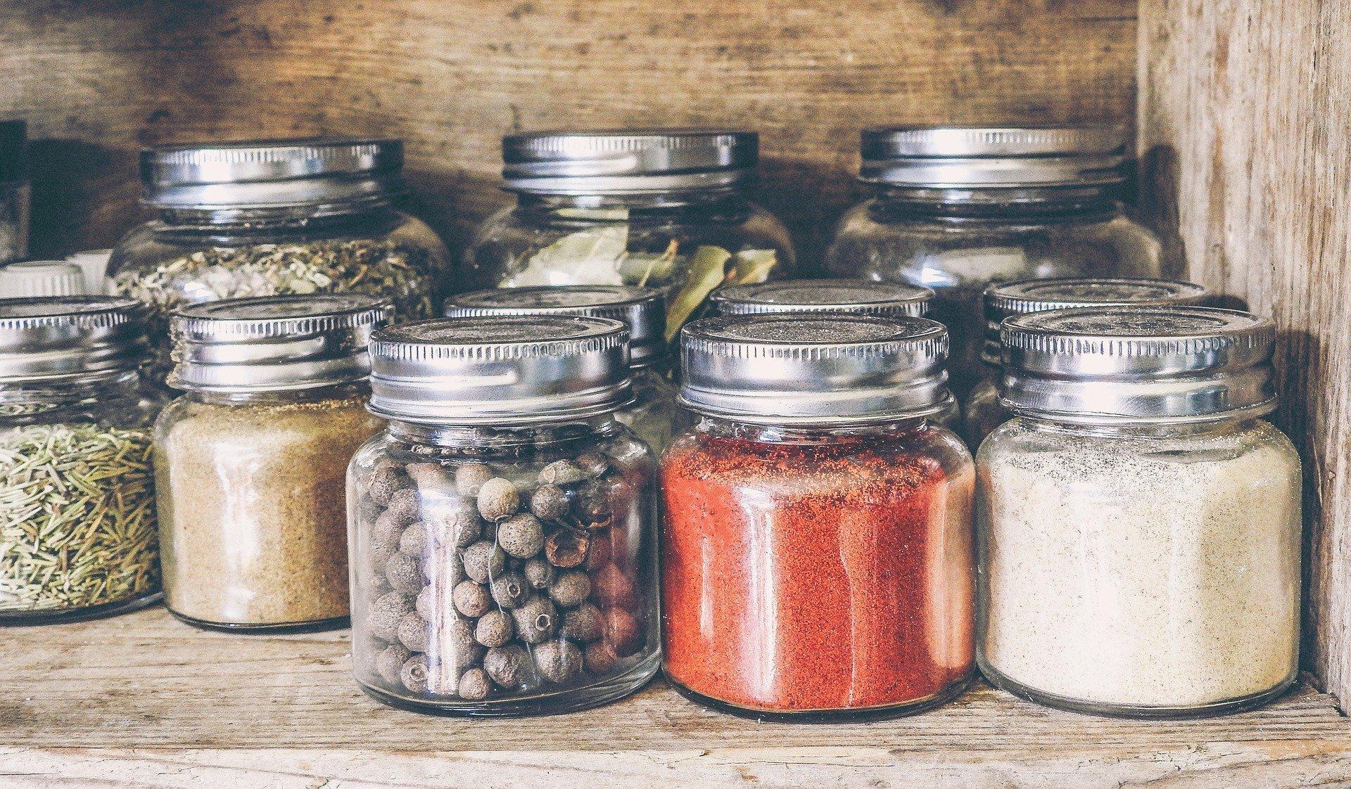 Tips Menyimpan Rempah dan Bumbu Dapur Agar Tahan Lama
